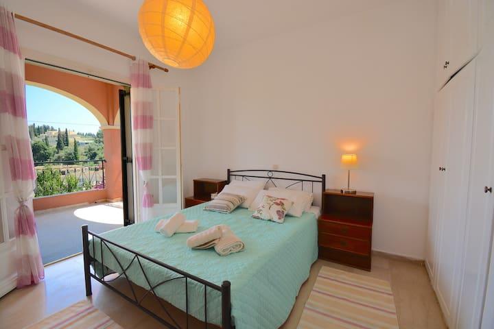 Magy bright apartmnt, 2 bedrm Corfu
