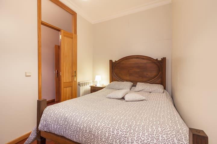 Um belo quarto em apartamento no centro de Braga - Braga - Pis