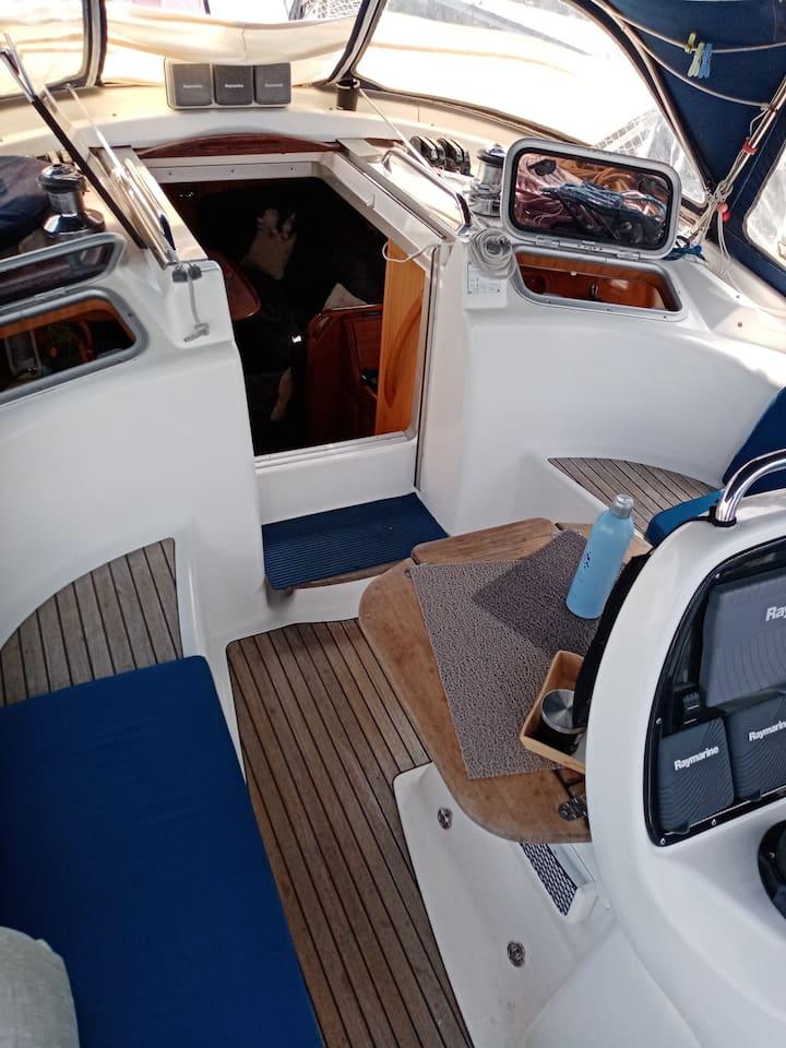 Un moment de plaisir à bord d'un bateau