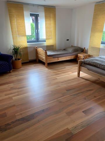 Zimmer/ Ferienwohnung auf dem Land nahe Legoland