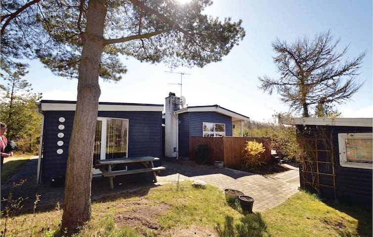 Holiday cottage with 3 bedrooms on 99m² in Løgstør
