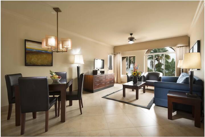 One Bedroom Golf Villa