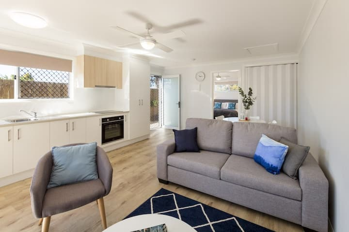 Stylish Apartment - Close to St Andrew's Hospital