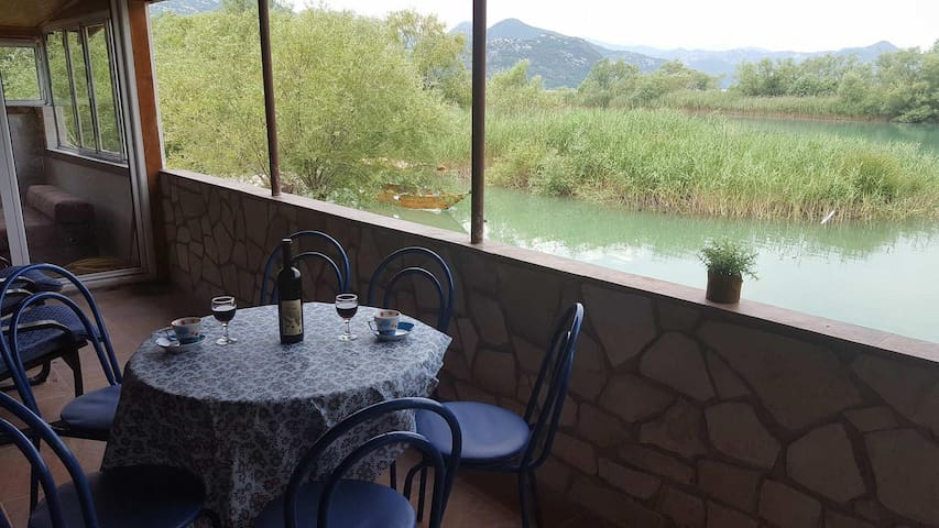 Skadar lake house - piece of paradise
