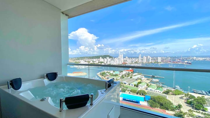 1 Bedroom Luxury Apt with Jacuzzi in Bocagrande