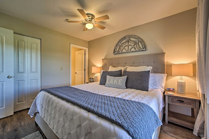 """""""The beds were very comfortable; the best of any VRBO property or hotel we have ever stayed at."""" --Robyn via VRBO"""