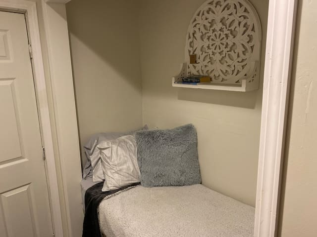Both guest rooms have these reading nooks, which are great space to relax and can also sleep your kiddos or an adult comfortably.  This is the one on the 1st floor in the guest room