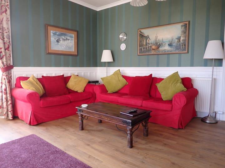 Northfield, Garden Apartment (2 bedroom)