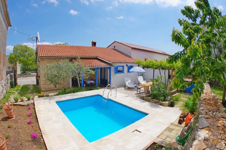 Holiday house with private swimmingpool