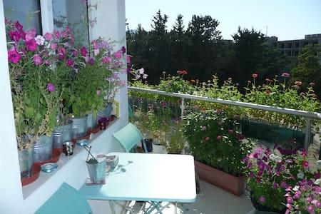 Dream residence and location - Kyrenia - Cyprus - Girne - ที่พักพร้อมอาหารเช้า