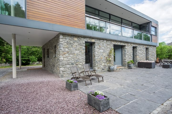 Galway Races in the Designer Luxury in the Woods - Galway - House