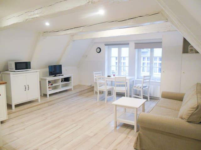 Przytulne studio z antresola - Stare Miasto - Toruń - Apartemen