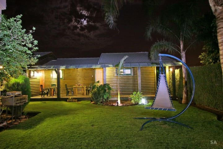 The Star Cabins,Country luxury Vacation ,Hut no.2