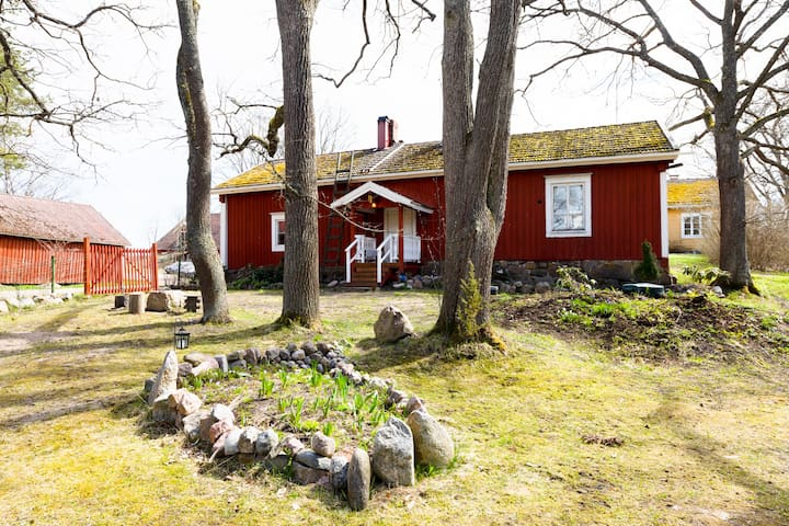 1800-luvun talo Loviisan Isnäsissä
