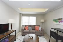 Stylish Condo  Minutes from Louisville Yum Center!