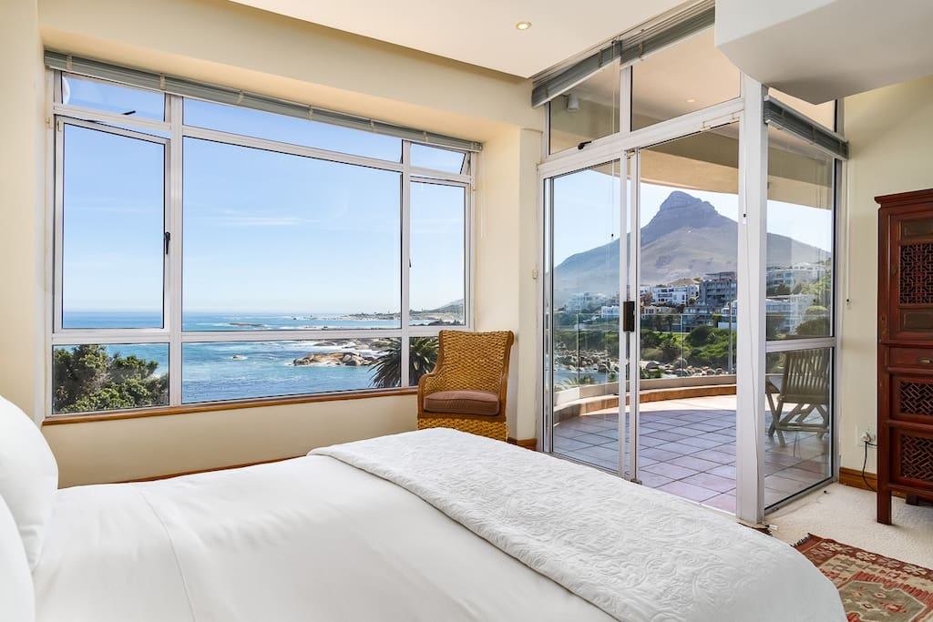 Views of the ocean and Lion's Head from the bedroom