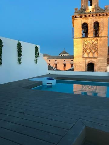 Terraza con piscina y vistas inmejorables
