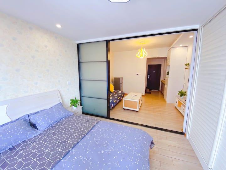 时代广场一室一厅民宿