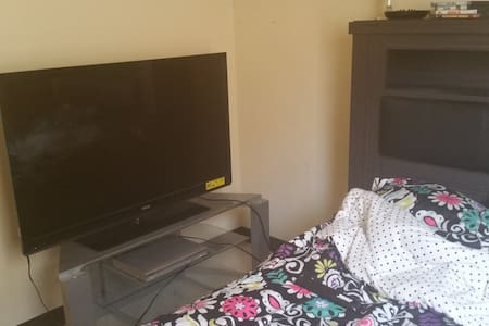 Room for Rent - Poughkeepsie - Huoneisto