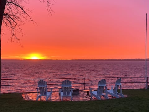 """""""Lakefront"""", Enjoy all 4 seasons VT has to offer!"""
