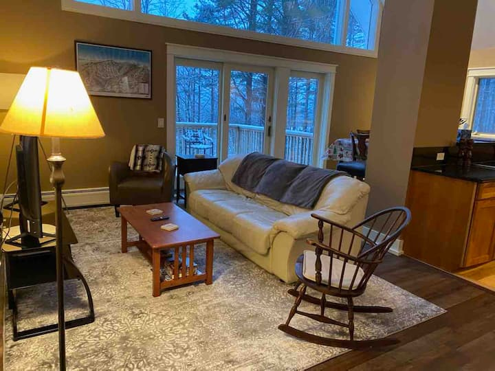3br Chalet with Mt. Mansfield Views