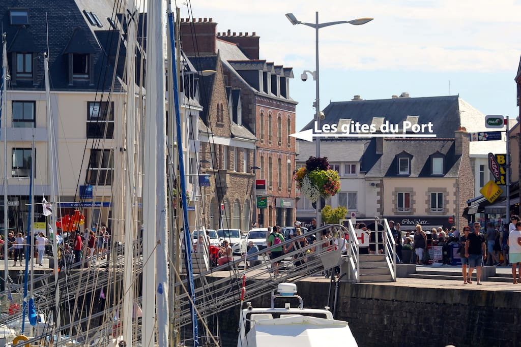 Gite du Port à 30 du port face aux commerces