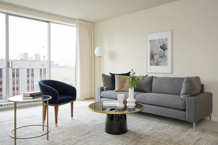 Sonder | Financial District | Bold 1BR + Rooftop