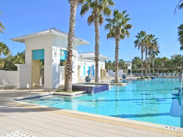 ☀Private Bch @ Going Coastal☀CarillonBeach-4Pools! WOW! Sep 20 to 22 $439 Total!
