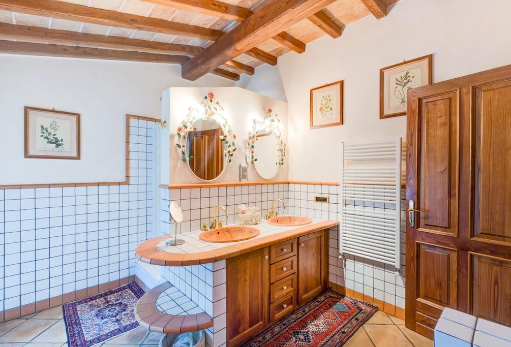 comfortable room in villa