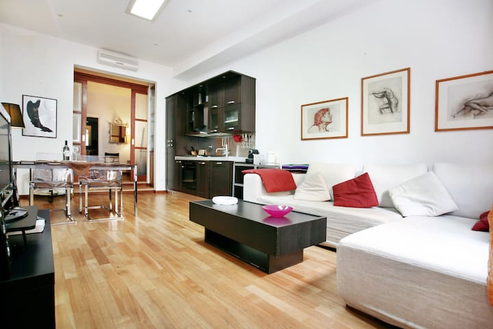 Lovely 1 bedroom flat in Florence - Florencja - Apartament