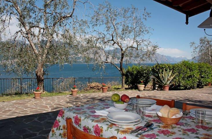 Appartamento con vista sul lago! - Brenzone - Apartament