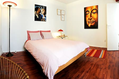 lovely guest-house @ great location
