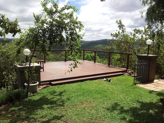 Bird Tribe Haven - Hartbeespoort - Casa