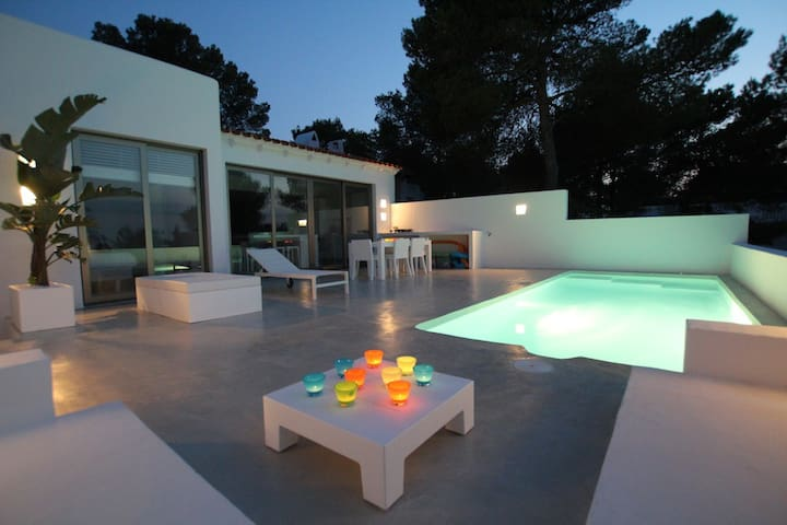 Fully renovated contemporary house - Sant Josep de sa Talaia - Hus