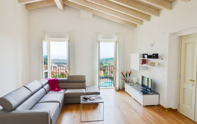 Augustus A11 - Wonderful panoramic 4bdr with pool - Polpenazze del Garda - Apartment