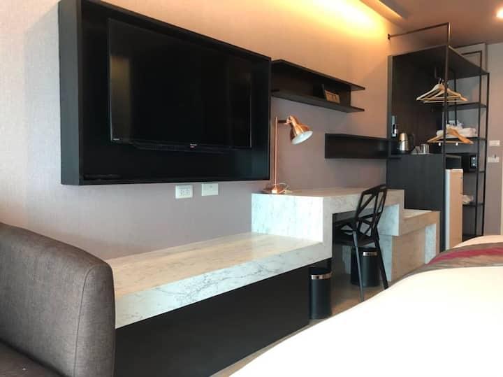A Room 85 ถูกที่สุด ค่าแม่บ้านแค่ 200 บาท!!