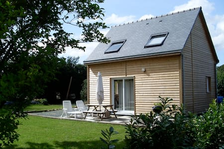 Wooden house 5 min of Paimpol +wifi - Plourivo