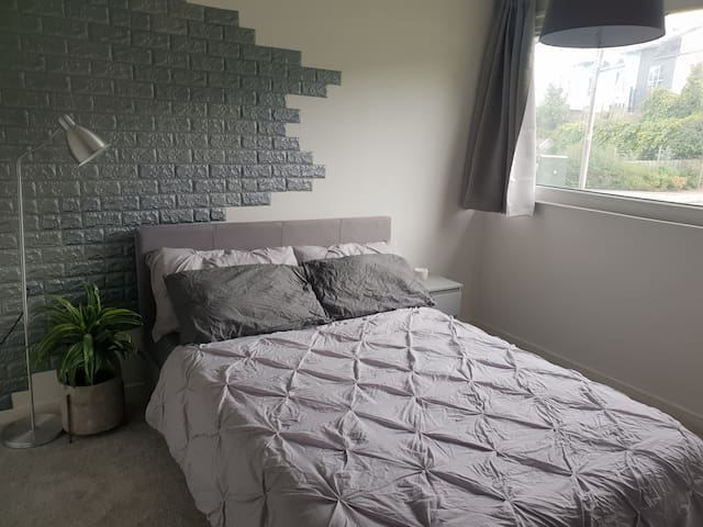 Modern Grey Room in Sheffield