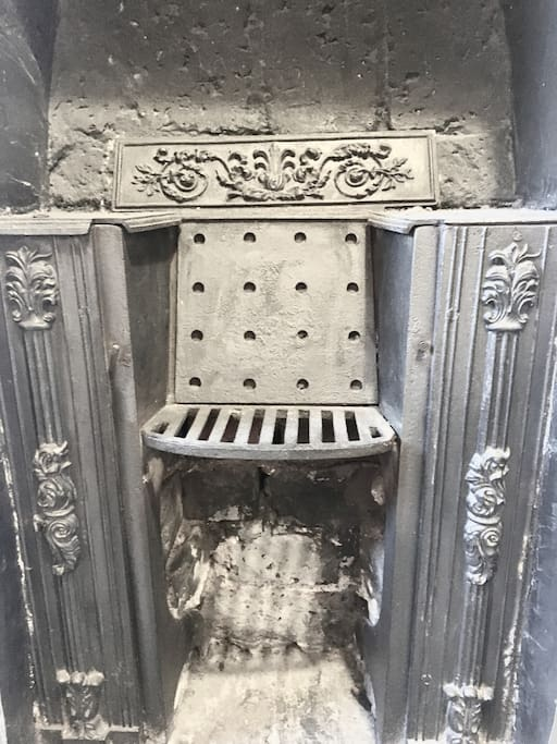 Stunning original Victorian fireplace in room - only for decoration now as chimney has been blocked