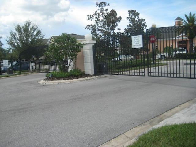 Gated community - Safe and quite