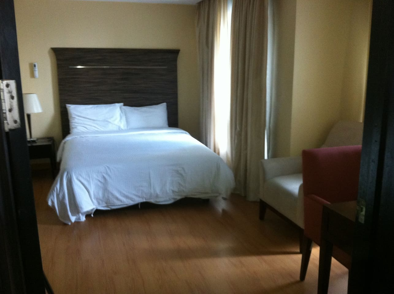 Crib for sale mandaluyong - Lancaster Suites Apartments For Rent In Mandaluyong City Metro Manila Philippines