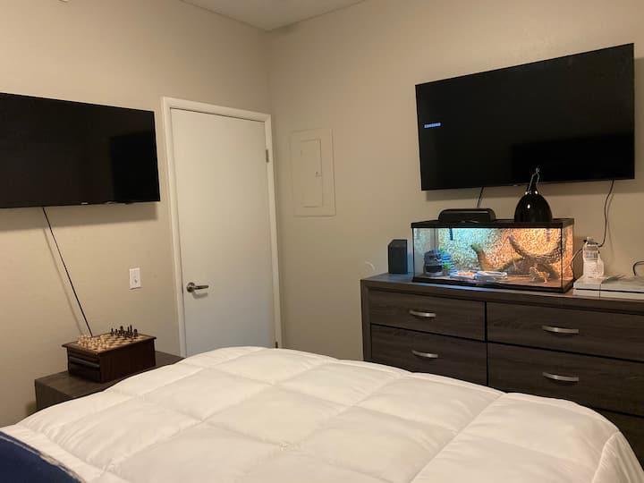 WHY SETTLE FOR LESS (Luxury Las Vegas Living)