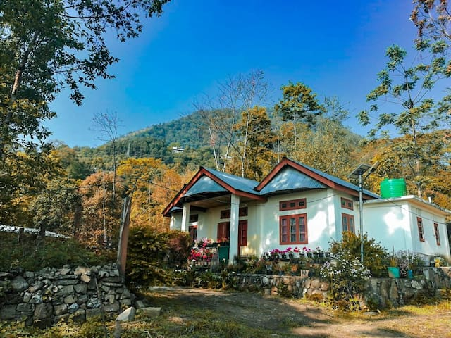 Live in tranquility at Hillfoot homestay, Jakhama