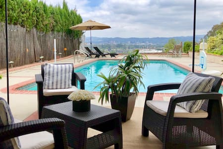 LA, Top of the Hills, Views, Pool, Private Suite