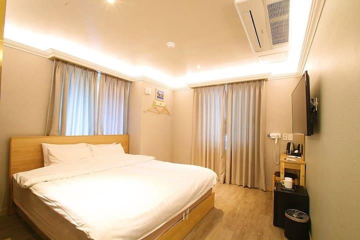 세종호텔 더블룸