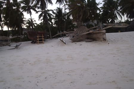 Diani Beach 2 bedroom Cottage - Ukunda  - House