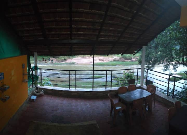 River stay homestay