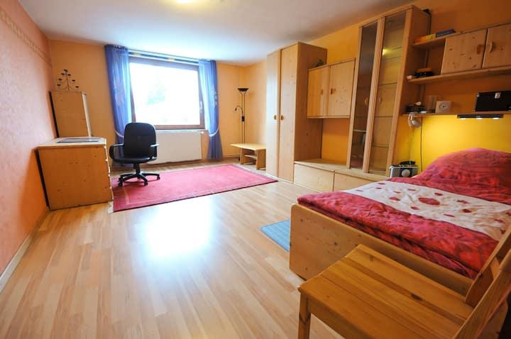 Großes gemütliches Zimmer von 24 qm