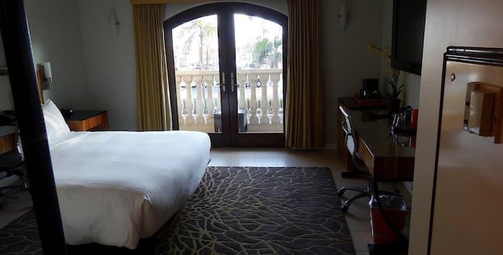 Balboa Inn, O/V Resort Suite- On the Beach Newport