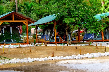 Jungle Huts at Jungle's Edge - Nosara - Tent